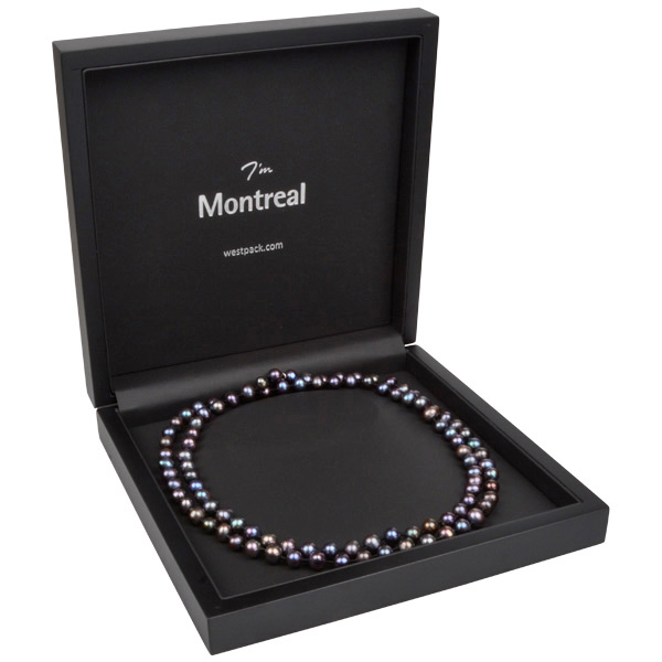 Montreal smyckesask till Collier Matt svart trä/Svart insats i konstskinn 200 x 200 x 49 (179 x 179 x 28 mm)
