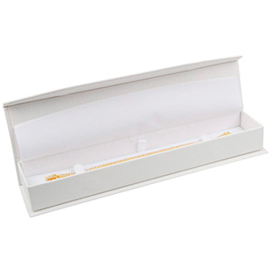 Nice aflang smykkeæske til armbånd Cremefarvet kunstlæder slangeprint / Hvid indsats 227 x 50 x 26 (219 x 41 x 17 mm)