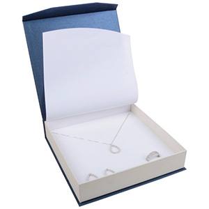 Milano smyckesask Collier Pearl Blå-Vit kartong/Vit skuminsats 165 x 165 x 35 (159 x 159 x 24 mm)