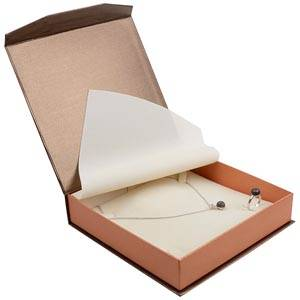 Milano smyckesask till Collier Pearl Bronze- Koppar kartong/Creme skuminsats 165 x 165 x 35 (159 x 159 x 24 mm)