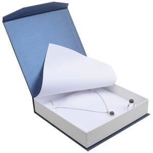 Milano écrin pour collier / parure Carton blue-blanc ivoire perlé/ Mousse blanche 165 x 165 x 35 (159 x 159 x 24 mm)