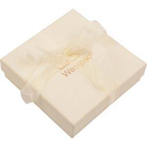 Barcelona smykkeæske til halskæde / armbånd Creme karton med organzasløjfe/ Hvid skumindsats 86 x 86 x 28 (82 x 82 x 15 mm)