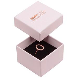 Santiago sieradendoosje voor ring Poederroze karton / Zwarte foam insert 50 x 50 x 32 (44 x 44 x 30 mm)