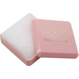 Rio universal smykkeæske, mellem Blank rosa plast / Hvid vatindsats 60 x 60 x 21 (57 x 57 x 9 mm)