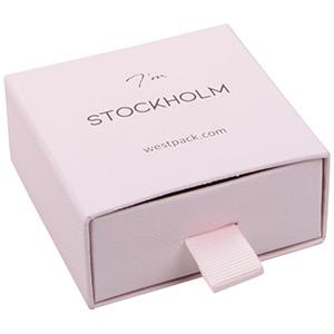 Stockholm smyckesask till långa örhängen/ hänge Rosa kartong med struktur / Svart skuminsats 65 x 65 x 30 (58 x 60 x 15 mm)