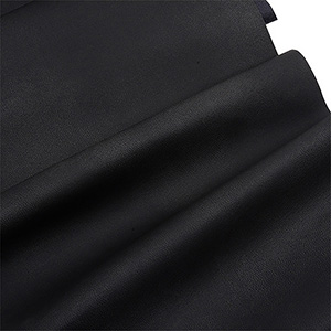Nabuca leatherette, per length meter Black 130 x 1
