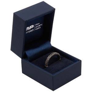 Oslo smykkeæske til ring Mat mørkeblå kunstlæder/ Mørkeblå velourindsats 46 x 52 x 43 (41 x 41 x 30 mm)