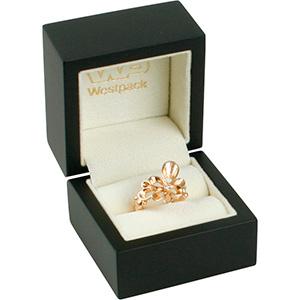 Berlin Jewellery Box for Ring Matt Black Wood/ Cream Velour Interieur 60 x 60 x 50 (44 x 45 x 40 mm)
