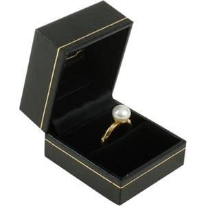 Bombay opakowania na pierścionki Czarne skóropodobne/ czarna wkładka 47 x 52 x 39 (43 x 45 x 34 mm)
