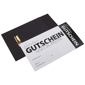 Gift-certificate with Envelope, 100 pcs, Black Envelope/ White Gift-card with German text 150 x 80 DE