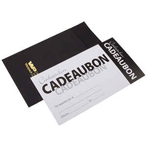 Gavekort med kuvert, 100 stk. Sort karton/ Hvid karton fortrykt med NL tekst 150 x 80 NL