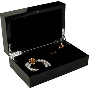 No. 701 - Glossy Lacquered Jewellery Case, small