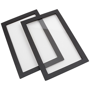 Lid for small leatherette outer tray
