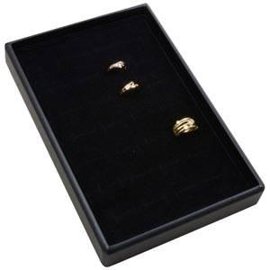 Mała kaseta na 28 pierścionków Czarna wkladka / czarna gabka 156 x 235 x 28 Insert: 135,5x216x10mm