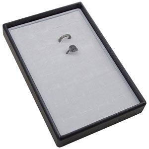 Petit plateau présentation: 28x Bague Plateau gris / Intérieur mousse gris clair 156 x 235 x 28 Insert: 135,5x216x10mm