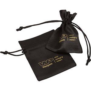 Satijnzakje met logobedrukking op zakje, mini Zwart satijn 75 x 90