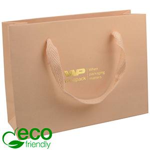 Eco Lyxpåse i kraftig kartong med handtag, liten Matt varm beige papper med vävt handtag 200 x 150 x 70 250 gsm