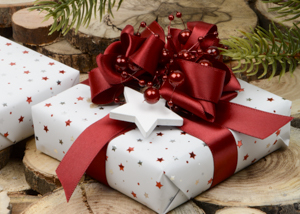 300_westpack-christmas-gift-wrapping-2018-red-white-inspiration-til-indpakning