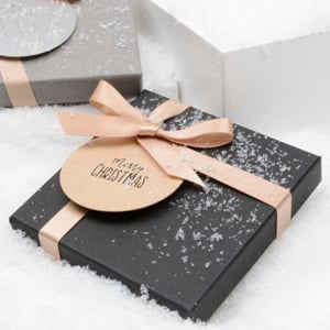 300_westpack_gift-wrapping-for-letter-post_2018