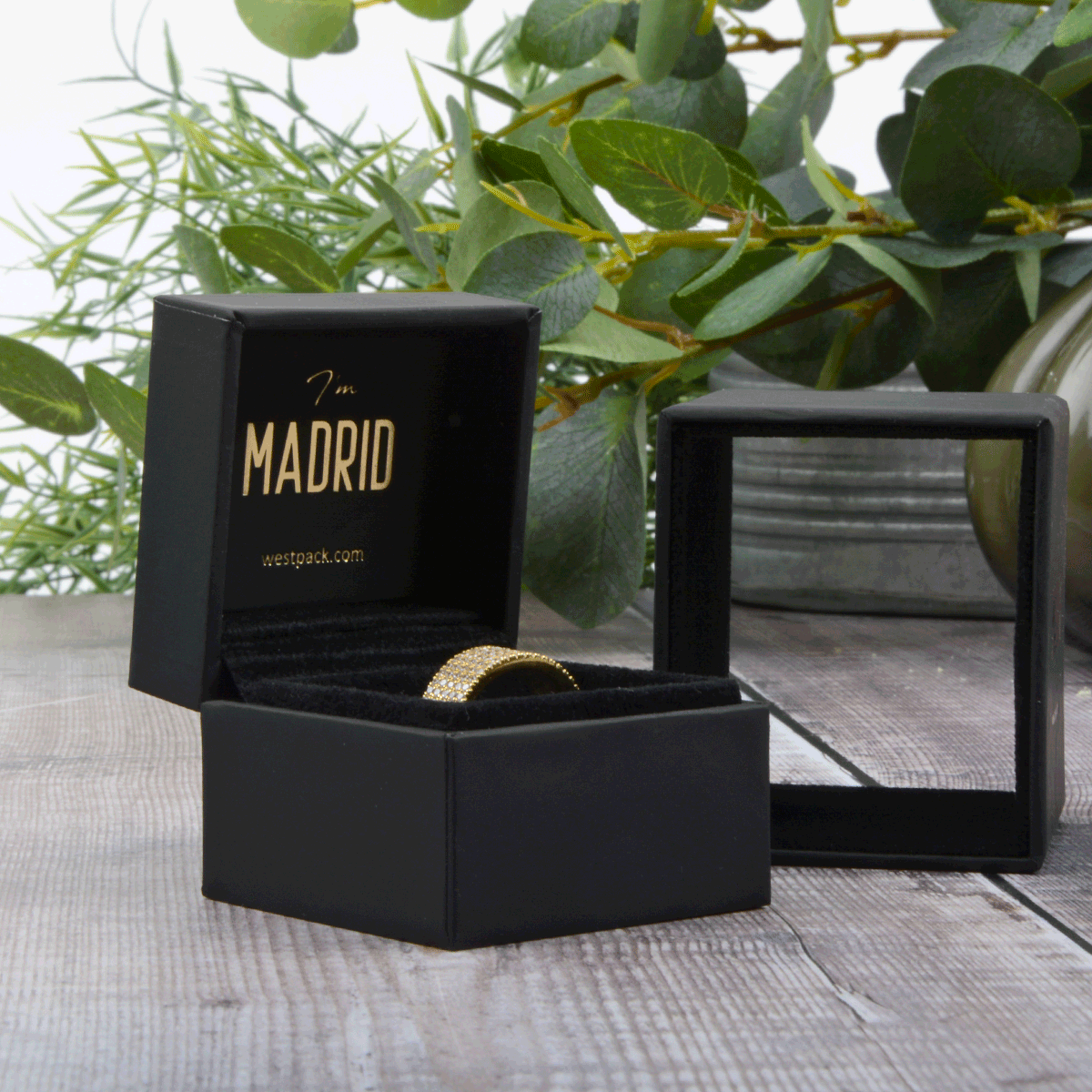 westpack-featured-madrid-new-in-luxury-jewellery-box-with-sleeve