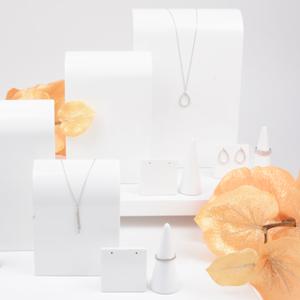 300x-westpack-jewellery-display-inspiration-3